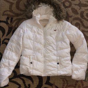 Size L Hollister puff white fur jacket